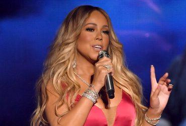 """Mariah Carey demanda a su asistente por extorsionarla con difundir vídeos """"íntimos"""""""